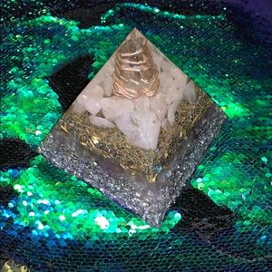 Energy Crystal Pyramid